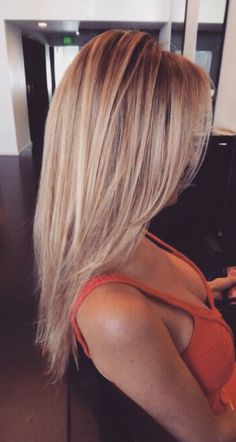 Amazing Blonde Hair Color Ideas You Have To Try 18 - Hair - Hair Styles Haircuts For Long Hair With Layers, Medium Length Hair With Layers Straight, Thin Long Hair Cuts, Thin Bangs, Long Cut, Long Hair Front Layers, Long Layered Haircuts Straight, Cute Long Haircuts, Thin Hair Layers