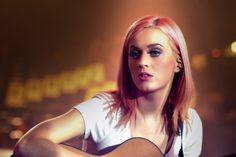 love lovelove her pink hair