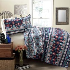 Limited Time Only – Starting at $99.95! Not sold in stores and makes the PERFECT Gift! WESTERN LIFE STYLE BEDDING This colorful Navajo 3Pc quilt features clas