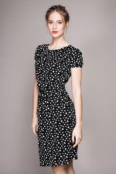 Schwarzes Kleid mit weißen Punkten // black dress with white polka dots by Louzoù STORE via DaWanda.com
