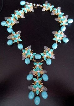 STANLEY HAGLER Stunning Turquoise Glass Bead & Leaves Necklace