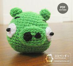 1500 Free Amigurumi Patterns: Angry Bird The Green Pig crochet pattern