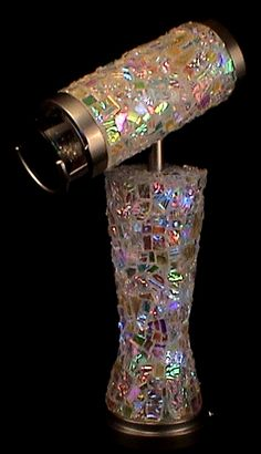 Elegant and Modern Art Glass Kaleidoscope by Judith Paul and Tom Durden Mosaic Glass, Glass Art, Fractals, Fractal Art, Instruments, Stained Glass Patterns, Dichroic Glass, Colored Glass, Iridescent