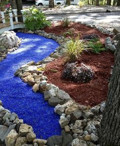 Pass on Grass: 7 Reasons to Landscape with Gravel 7 Gravel Landscaping Ideas - Bob Vila Large Backyard Landscaping, Mulch Landscaping, Landscaping With Rocks, Landscaping Ideas, Backyard Ideas, Mailbox Landscaping, Decorative Rock Landscaping, Sloped Backyard, Landscaping Software