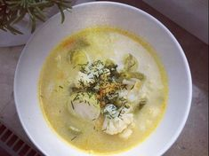 Zupa jarzynowa jak u mamy jest to przepis stworzony przez użytkownika Dziewczyna Informatyka. Ten przepis na Thermomix<sup>®</sup> znajdziesz w kategorii Zupy na www.przepisownia.pl, społeczności Thermomix<sup>®</sup>. Cheeseburger Chowder, Cheddar, Hummus, Ethnic Recipes, Food, Cheddar Cheese, Essen, Meals, Eten