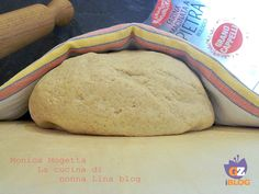 Impasto per pizza con farina integrale biologica macinata a pietra