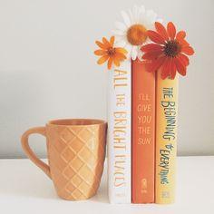Tea, Coffee, and Books : Photo Orange Aesthetic, Book Aesthetic, Aesthetic Pictures, Book Photography, Creative Photography, Orange Book, Shotting Photo, Book Instagram, Coffee And Books