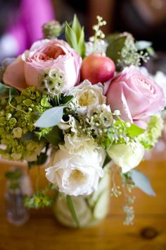 pink-and-green-centerpieces