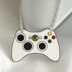 GIRL GAMER Xbox 360 Video Games Controller Necklace XBOX360