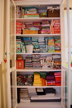 Fabrics by GoldWillow, via Flickr Space Crafts, Fun Crafts, Fabric Storage, Fabric Organizer, Organization Hacks, Organizing Tips, Organize Fabric, Beautiful Textures, Bookcase