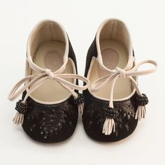 Girl Shoes Baby Shoes Baby Booties made from black door Vibys