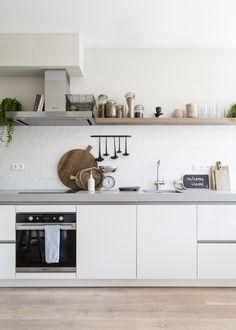 Kitchen Room Design, Condo Kitchen, Kitchen Dinning, Kitchen Sets, Dining Room Design, Kitchen Colors, Home Decor Kitchen, New Kitchen, Home Kitchens