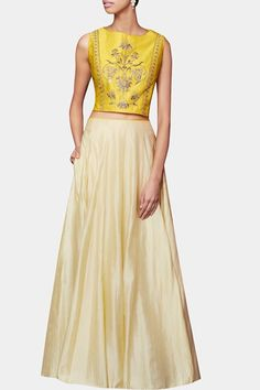 Yellow gota patti embroidered skirt set available only on Carma Online Shop. Indian Attire, Indian Ethnic Wear, Indian Outfits, Desi Wear, Sari Blouse, Indian Fashion Designers, Indian Designer Wear, Lakme Fashion Week, India Fashion