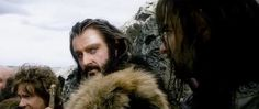 I LOVE when Thorin nods to Kili to fire his arrows during the warg attack - it shows the confidence he has in Kili