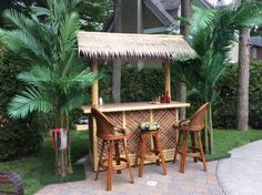 Houseplants, Your Space, Pergola, Interior Decorating, Christmas Decorations, Exterior, Outdoor Structures, Patio, Outdoor Decor