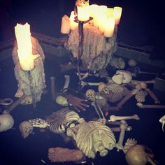 1000 Images About Halloween Ideas For Pools On Pinterest Pools Pool Decorations And Glow Sticks
