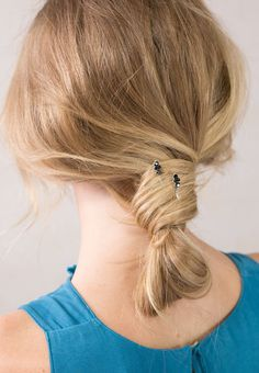 Lilla Rose HELEN Bobby Pins Classic color combination of jet, hematite, and pearl.