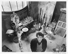 Robert Doisneau - Alberto Giacometti in his studio in Paris - ph. Cea+ via Flickr