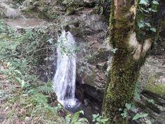 Tra antichi opifici e cascate nella valle del Rio Lombricese #giruland #diariodiviaggio #community #raccontare #scoprire #condividere #travel #blog #food #trip #social #network #panorama #fotografia #donna #uomo #opificio #toscana #candalla