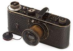 New world record for the most expensive camera: 2,790,000 USD for Leica 0-Serie Leica Camera, Camera Gear, Expensive Camera, Most Expensive, Antique Cameras, Vintage Cameras, Leica Appareil Photo, Classic Camera, Retro Camera