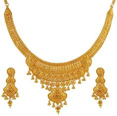 Gold Indian Necklace Set - - Gold Necklace and earrings… Jewelry Design Earrings, Gold Earrings Designs, Gold Jewelry, Gold Designs, India Jewelry, Girls Earrings, Indian Gold Necklace Designs, Indian Necklace, Gold Necklace Simple
