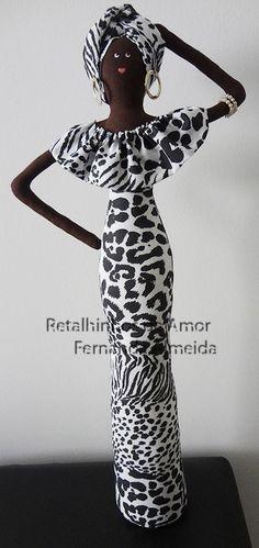 Can add legs/feet . Africana em tecido