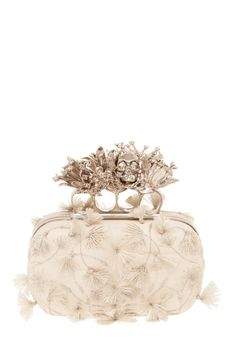 Evening clutch from the Alexander McQueen, Fall 2012 collection. I can't get over the lace and tassels paired with the heavy clasp. Thank you, McQueen. I wasn't ready for fine skull jewelry to be over yet. Alexander Mcqueen Clutch, Alexandre Mcqueen, Mcqueen 3, Amanda Murphy, Jewelry Accessories, Fashion Accessories, Bridal Accessories, Handbag Accessories, Bridal Clutch