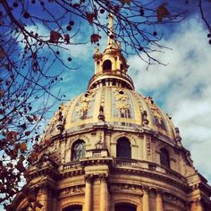 Go to the Invalides, it is beautiful! There, you can visit Napoleon's tomb.  Find out more on our blog: http://cadran-hotel-gourmand.com/