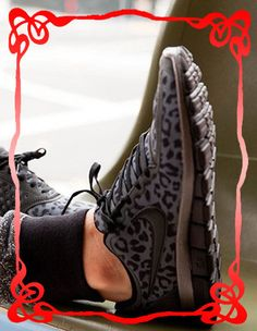 Nike leopard running shoes