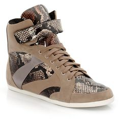 High top sneakers http://www.laredoute.gr/LA-REDOUTE-CREATION-Papoutsia_p-316394.aspx?prId=324430022