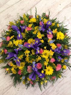 Spring Yellow's & Blues Posy Pad