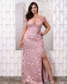 Super party outfit winter casual plus size ideas Plus Size Prom, Plus Size Party Dresses, Plus Size Gowns, Plus Size Wedding, Trendy Dresses, Moda Festa Plus Size, Moda Plus Size, Evening Dresses, Prom Dresses