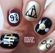 Harry Potter Nail Designs Idea one nail to rule them all harry potter nail art harry Harry Potter Nail Designs. Here is Harry Potter Nail Designs Idea for you. Harry Potter Nail Art, Harry Potter Nails Designs, Harry Potter Makeup, Harry Potter Fashion, Harry Potter Earrings, Acrylic Nail Art, Acrylic Nail Designs, Nail Art Designs, Trendy Nail Art