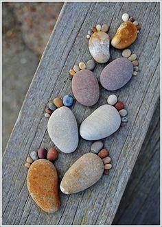 Petits pieds avec des galets