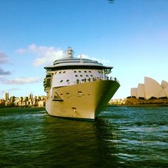 Radiance of the Seas sails through Sydney.