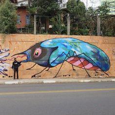 New Order by @feik_frasao #globalstreetart #brazil #insects #mural #streetart  http://globalstreetart.com/feik