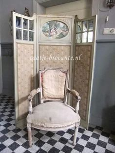 Used as upholstery for chairs footstools and cushions grain sack