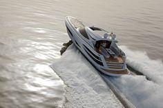 Motor Yacht Metaphor 68