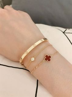 Turtle Bracelet Girls//Teens//Petite Women CLEARANCE River Shell Accents