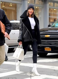 Retail therapy: Olivia Culpo treated herself to a shopping trip in NYC's SoHo district on . The smiling actress and former Hiss Universe dropped into designer Alexander Wang's store in the SoHo district of New York City on the hunt for shoes on Friday. Winter Outfits For Teen Girls, Winter Outfits For Work, Winter Fashion Outfits, Autumn Winter Fashion, Fall Outfits, Nyc Winter, New York Winter Outfit, New York Winter Fashion, Winter Clothes