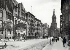 Berlin, Mitte - Klosterstraße looking at Parochialkirche, 1913