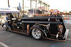 View detailed pictures that accompany our SEMA Viper-powered 1944 Mack Fire Truck article with close-up photos of exterior and interior features. Mack Trucks, Hot Rod Trucks, Cool Trucks, Big Trucks, Pickup Trucks, Tow Truck, Chevy Trucks, Ford Classic Cars, Classic Trucks