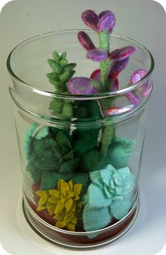 Needled Felted Terrarium, so beautiful! Tin Can Flowers, Metal Flowers, Felt Flowers, Diy Arts And Crafts, Felt Crafts, Diy Crafts, Felt Succulents, Planting Succulents, Needle Felted