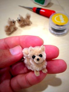 Pomeranian by pipe cleaner ❤❦♪♫ My daughter will love making these!