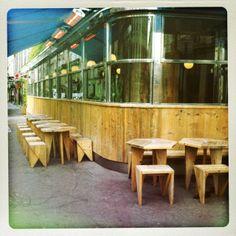 Le Dépanneur Pigalle - 27 rue Pierre Fontaine 75009 Paris http://atypiqueetgourmand.com/2014/01/15/depanneur-pigalle-restaurant-tacos-paris/