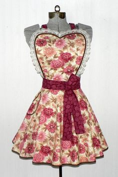 Rose Floral Sweetheart Twirly Skirt Apron RETRO by LauriesGiftsBiz