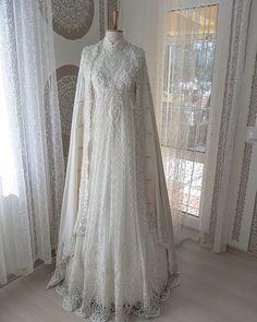 Fantasy Wedding Dresses, Elegant Wedding Dress, White Wedding Dresses, Wedding Gowns, Muslimah Wedding Dress, Muslim Wedding Dresses, Bridal Dresses, Lovely Dresses, Beautiful Gowns