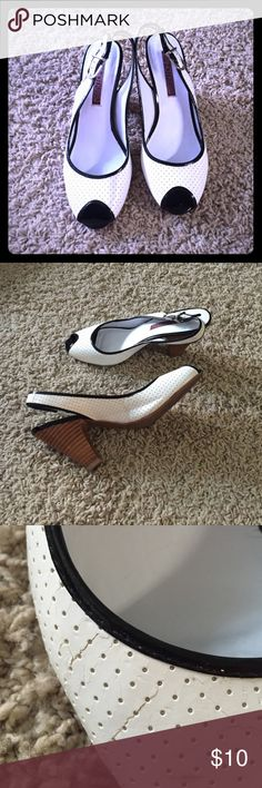 ❤️TEMPORARY PRICE DROP❤️Hot Kiss heels This heels are great with any outfit! They have only been worn a couple of times and are not too high so your feet won't be sore at the end of the day.  but there is a little cracking in the fabric as seen in the third picture. Hot Kiss Shoes Heels