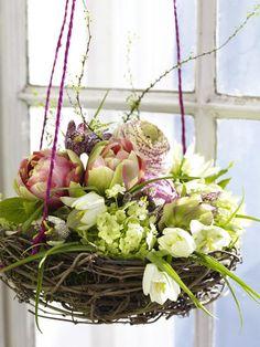 Buntes fürs Fenster Aussichtsreich: Fensterdeko zu Ostern selber machen