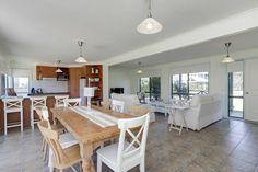 Villa de mer | Silverleaves, VIC | Accommodation